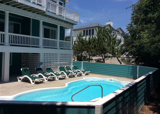 Private Pool of Heron Haven, a 5 bedroom, 4.5 bathroom vacation rental in Corolla, NC