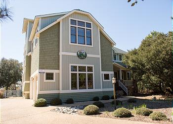 The Sound and The Fury, an Outer Banks Vacation Rental in Corolla