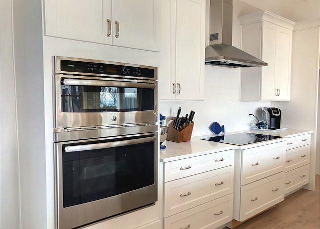 Kitchen Top Level of Summer Love, a 6 bedroom, 6.5 bathroom vacation rental in Corolla, NC