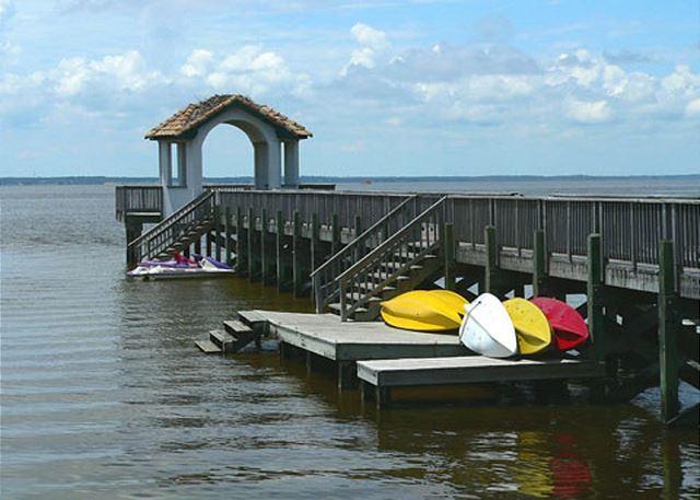 Monteray Shores Community Pier