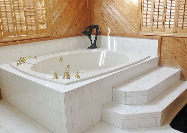 King Master Bathroom Top Level
