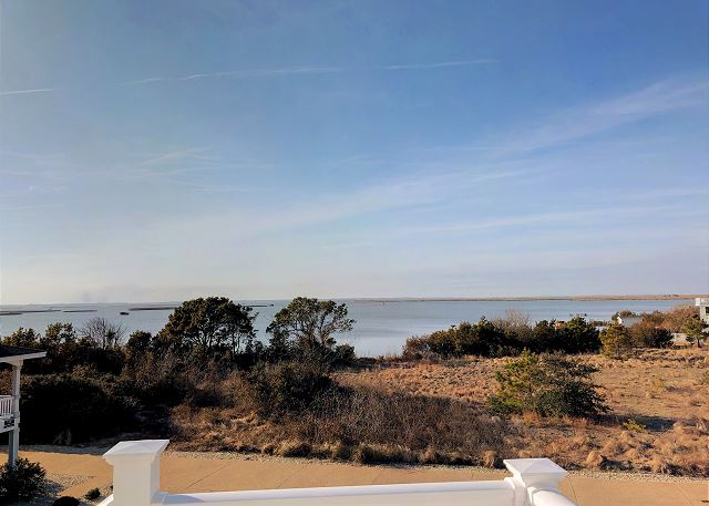 View Top Level of Summer Love, a 6 bedroom, 6.5 bathroom vacation rental in Corolla, NC