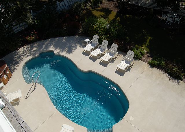 Pool Patio of Thanks Dad, a 6 bedroom, 5.5 bathroom vacation rental in Corolla, NC