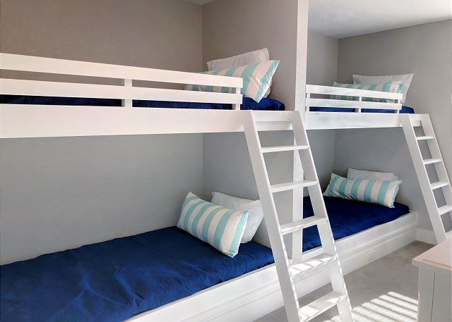 Built-In Double Bunk Bedroom Master of Summer Love, a 6 bedroom, 6.5 bathroom vacation rental in Corolla, NC