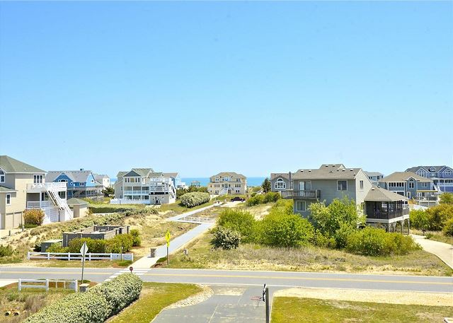of Coastal Castle, a 8 bedroom, 7.0 bathroom vacation rental in Corolla, NC