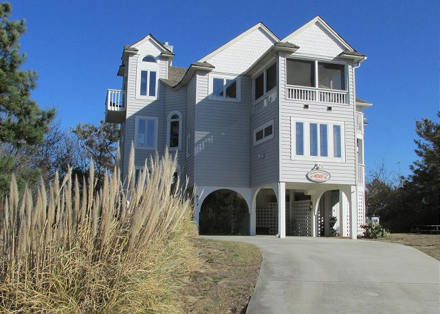 Sandy Heels is a 4 bedroom, 3.5 bathroom vacation rental in Corolla, NC