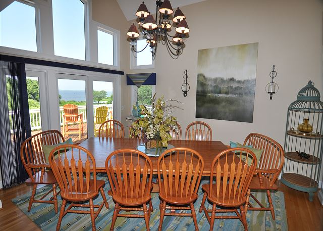 Ding Area Top Level of Tranquility Farms, a 7 bedroom, 5.5 bathroom vacation rental in Corolla, NC