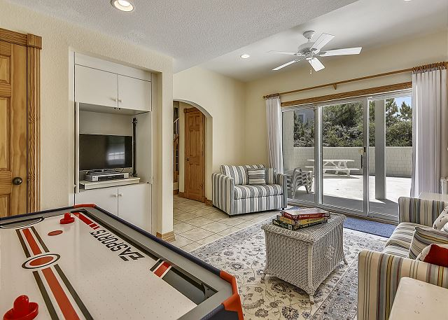 Game Room Lower Level Waterlily is a 5 bedroom, 5.5 bathroom vacation rental in Corolla, NC