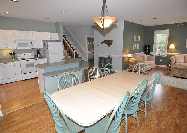 Dining Room Entry Level of A Tar Heel State of Mind, a 4 bedroom, 3.0 bathroom vacation rental in Corolla, NC