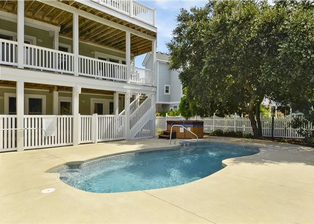Pool Patio Thanks Dad is a 6 bedroom, 5.5 bathroom vacation rental in Corolla, NC