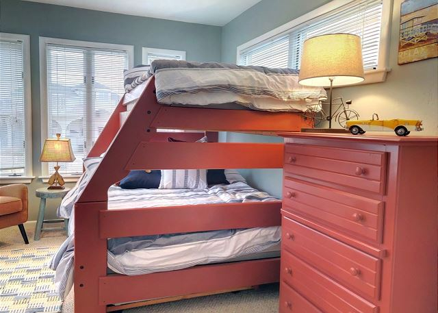 Duo Bunk Room with Trundle Mid Level Sandy Heels is a 4 bedroom, 3.5 bathroom vacation rental in Corolla, NC