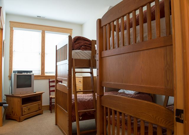 Double Bunk Room Top Level of The Sound and The Fury, a 6 bedroom, 6.5 bathroom vacation rental in Corolla, NC