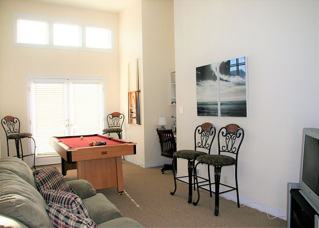 Game Area Ground Level of Par-Tee by the Sea, a 4 bedroom, 3.5 bathroom vacation rental in Corolla, NC
