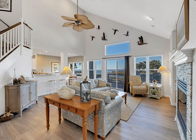 Great Room - Entry Level