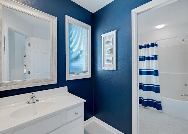 Hall Bath - Top Level