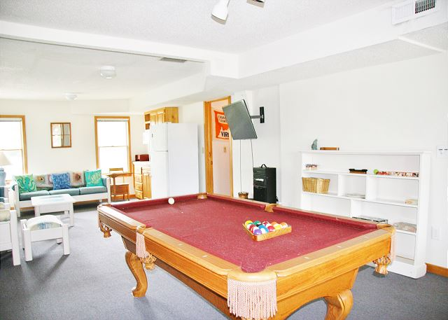 Game Room Ground Level of Far-mor Serenity, a 5 bedroom, 4.5 bathroom vacation rental in Corolla, NC