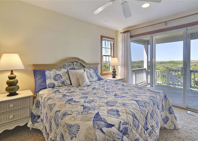 King Master Bedroom Mid Level of Waterlily, a 5 bedroom, 5.5 bathroom vacation rental in Corolla, NC