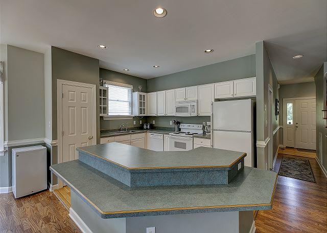 Kitchen entry level