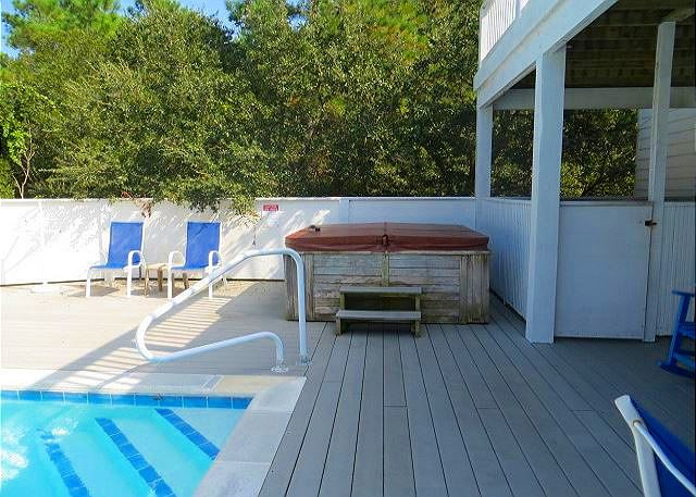 Hot Tub of Bono Fide Blessing, a 5 bedroom, 4.5 bathroom vacation rental in Corolla, NC