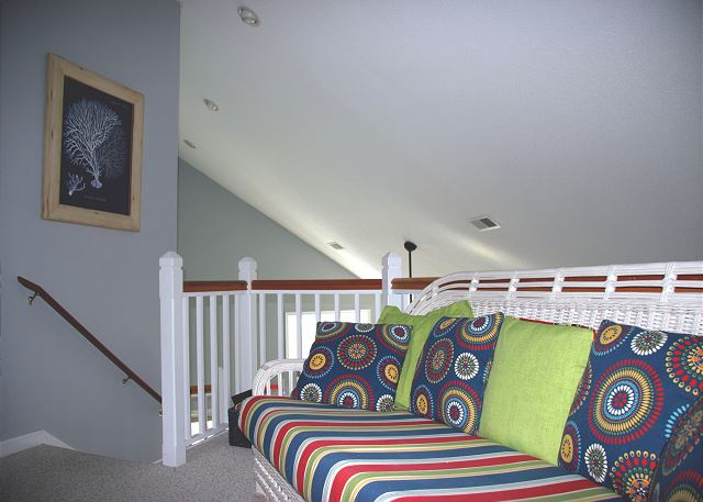 Landing Top Level of Sugar Shack, a 4 bedroom, 3.0 bathroom vacation rental in Corolla, NC