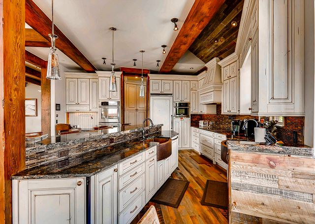 with plenty of space to prepare meals and all high end appliances