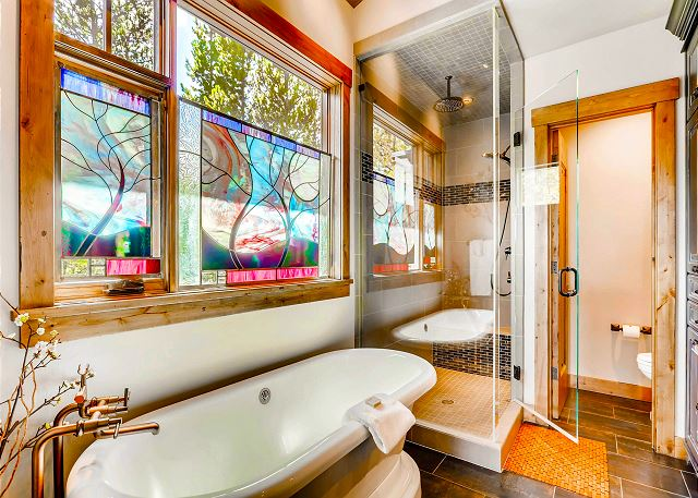 ensuite soaking tub and walk-in shower
