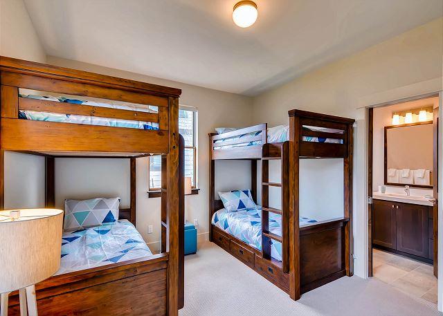 sleeps 4 in two twin bunks, shared bath