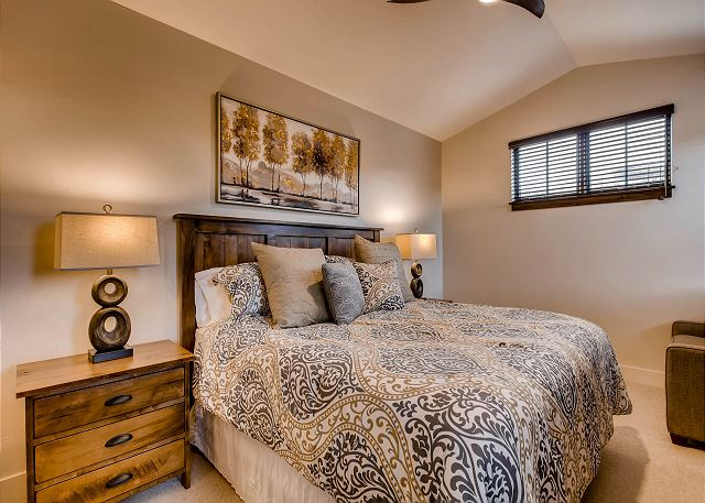 River View Secondary King Suite