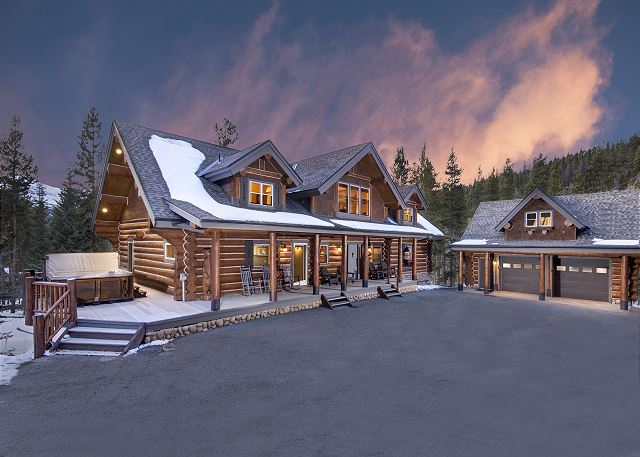 - A luxurious log home, close to town, yet nestled in the trees.