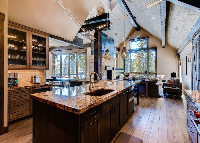 Fully stocked gourmet kitchen - Be inspired when you cook...this kitchen has it all