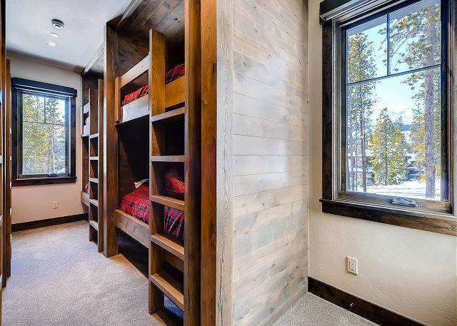 Mountain Top Bunk Suite