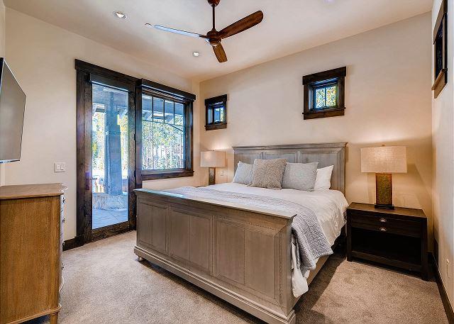 High Alpine King Suite