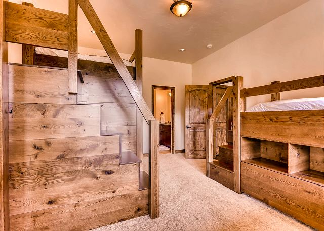 Whispering Pines Bunk - sleeps 4-6 in 2 sets of bunks (one queen over queen, one extra-long twin over twin)