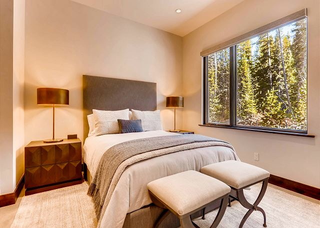 - sleeps 2 in one queen bed, ensuite bath with shower and dual sinks