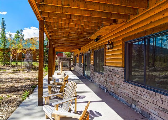 Lower exterior patio
