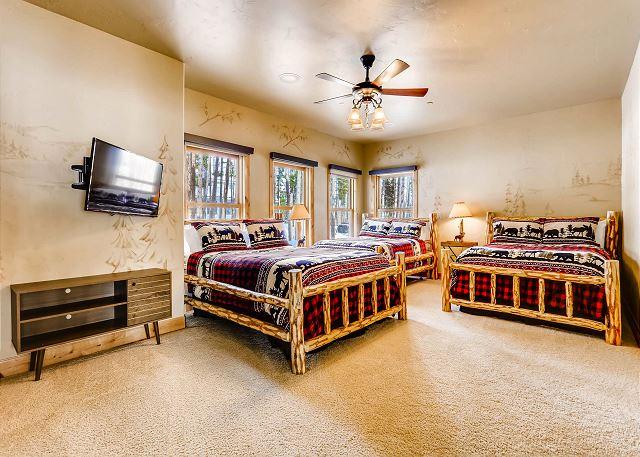 - sleeps 3 to 6 in three queen beds