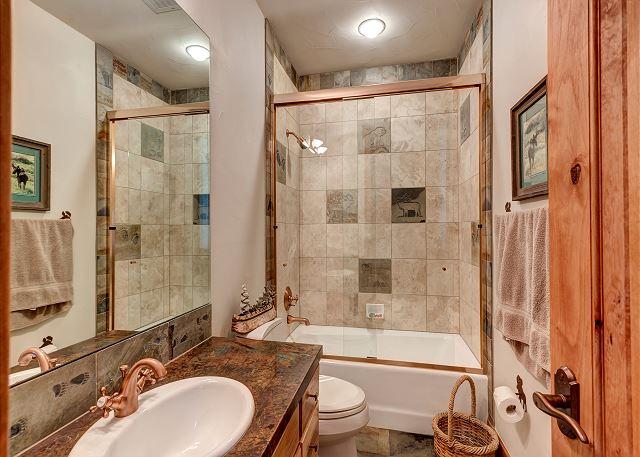 Ascent Bunk Ensuite Bathroom