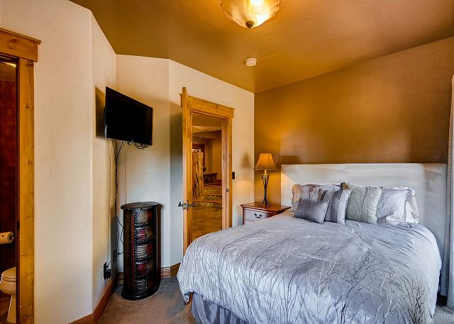 - sleeps 2 in queen bed with TV, balcony and attached bath