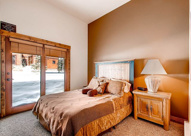 - sleeps 2 in one king bed with exclusive hall bath