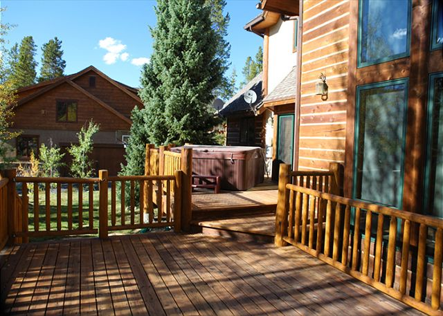 Deck with private outdoor hot tub!