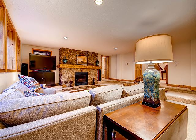Lower Level Den with Flat Screen TV and Gas Fireplace