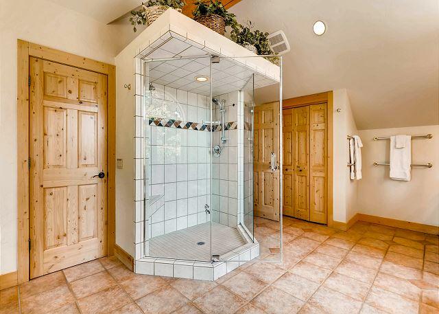 Clifton Suite Ensuite Shower