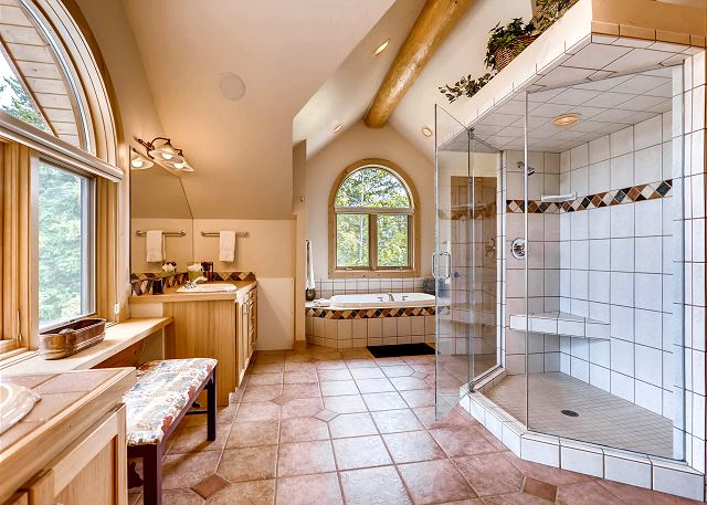 Clifton Suite Ensuite Bathroom