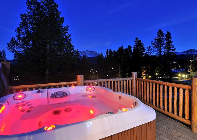 Soak in the Hot Tub and enjoy the expansive skies after a fun-filled day on the slopes!