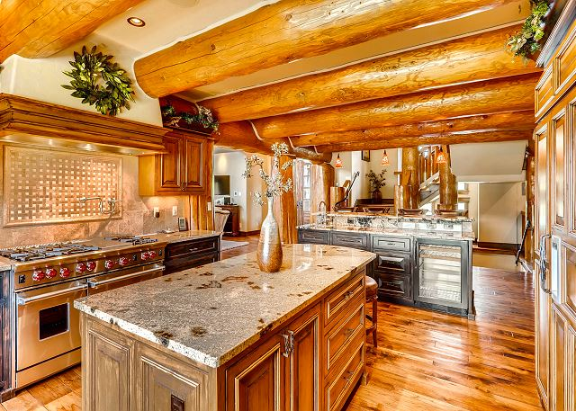 - Gourmet fully stocked kitchen with gas stove and breakfast bar