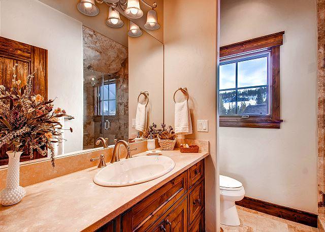 Majestic Mountains King Bedroom Ensuite Bath