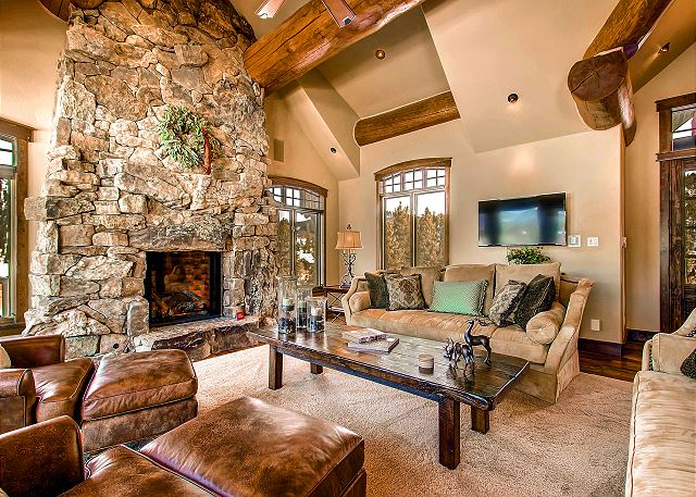with gas fireplace, TV and comfortable furnishings
