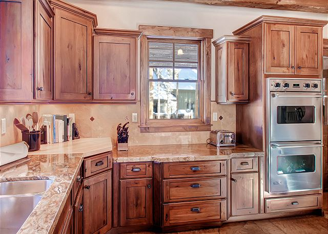 with double ovens and other high end appliances