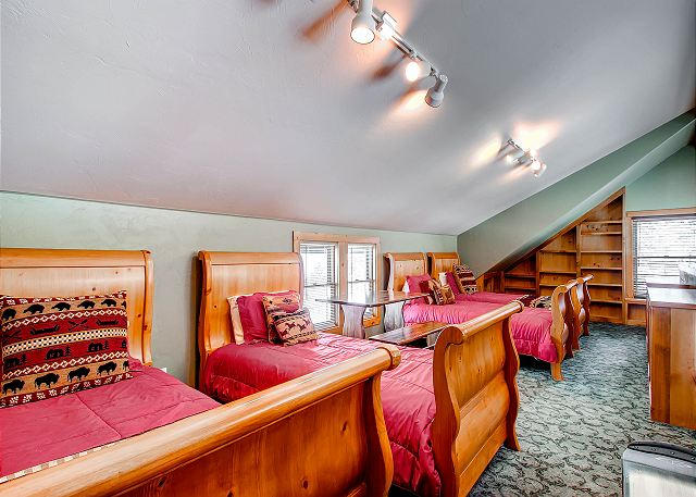 - sleeps 4 in four twin beds, shares bath with Innsbruck Suite