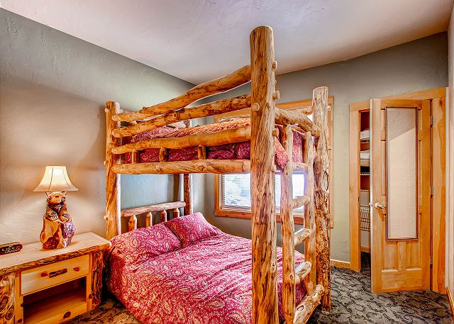 - sleeps 2 in one Captain's Bunk (twin on top, full on bottom), shared hall bath with Timberline Bedroom